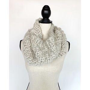 MOSSIMO Tan Chunky Knit Infinity Scarf Fuzzy Warm